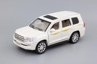 Модель автомобиля Toyota Land Cruiser 200 Series 2, 200х80 мм,белый